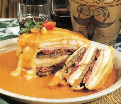 Francesinha-in-Porto-s-Downtown